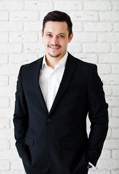 """Основатель """"Росвиза"""" Ленар Сахапов"""