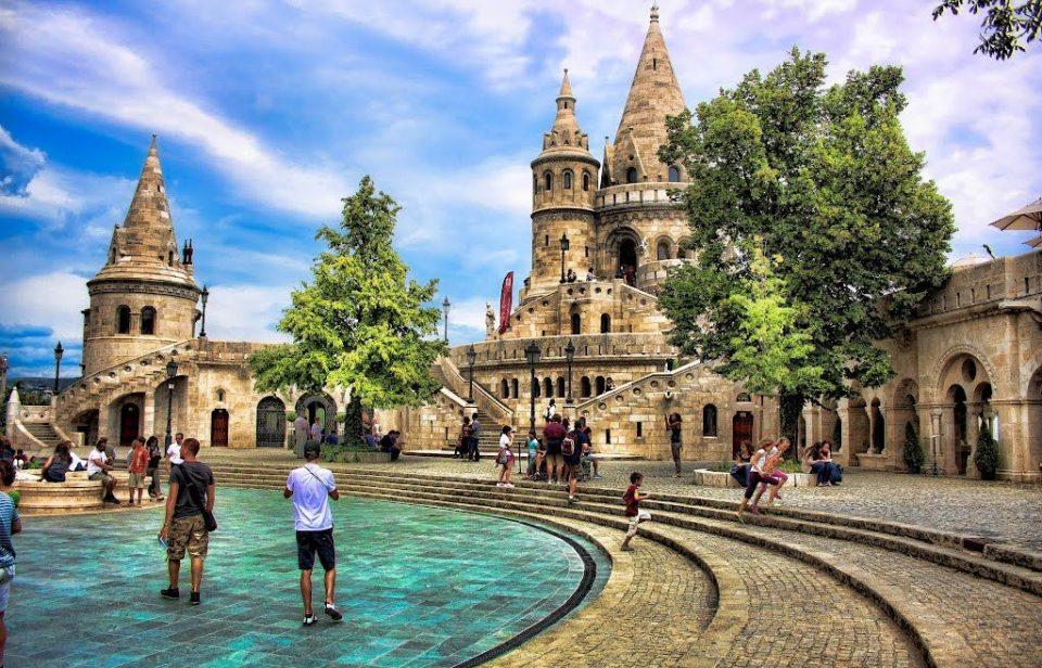 Почему стоит оформить визу в Венгрию?