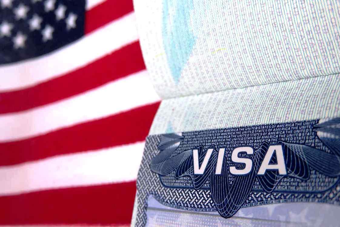 С 2019 года США выдают визу на год